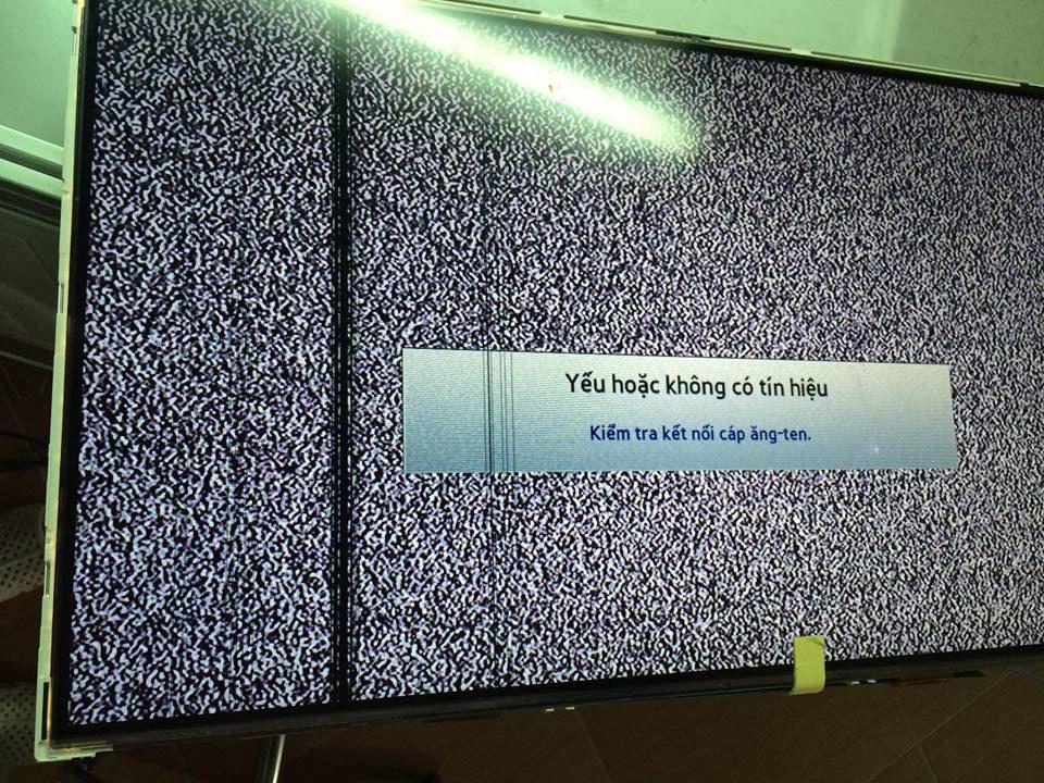 Tivi 40D4003 bị sọc chỉ do hỏng tab